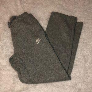Nike sweat pants size L